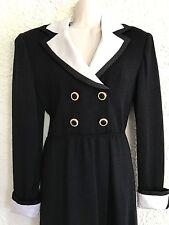 St. John  Black Dress White Cuffs Collar Sz 2 Santana Knit