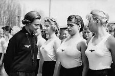 WWII Photo Female German Girls Athletic Club  WW2 B&W World War Two / 2220E