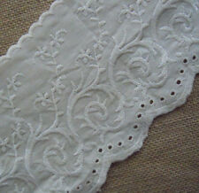 "5"" wide Vintage Eyelet Cotton Fabric Lace & Embroidered Flower Ivory boo51"