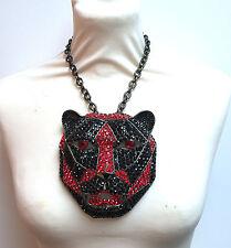 Butler and Wilson Rojo Negro Tigre Cabeza de leopardo pendantnecklace Couture