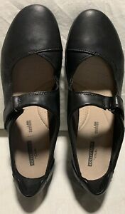 Clarks soft cushion casual comfort shoes size 7