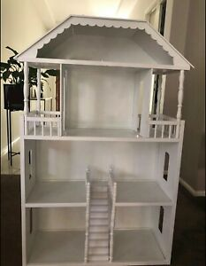 Stunning White Barbie doll house and furniture