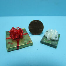 Dollhouse Miniature Christmas 2 Gift Wrapped with Bow Holly Wreath Wrap G1010-2