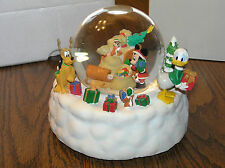 Disney Mickey Mouse And Friends Musical Snowglobe Great Cond. With Box/Packaging
