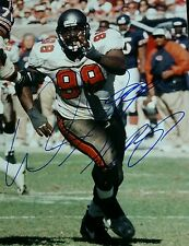WARREN SAPP SIGNED AUTO 8X10 PHOTO. TAMPA BAY BUCCANEERS H.O.F ~ COA