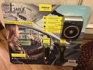 Jabra Freeway Car SpeakerphoneIn-Car Speakerphone Kit 666494 Black NEW
