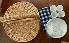 Vtg Sturdy Wicker Rattan Oval Picnic Basket Tablecloth Plates Utensils 19x17x16T