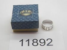 Vintage Jewelry Ring AVON SILVER TONE BEAUTIFUL BAND IN BOX 11892
