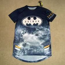 Men's BATMAN DARK KNIGHT Tee Size S BNWT T-Shirt Top Trilogy Costume Damned Lego