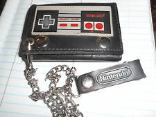 Nintendo: Classic Controller Wallet - - With Belt Clip + Chain