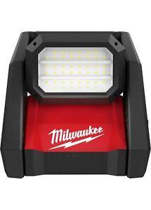 Milwaukee 2366-20 M18™ ROVER™ Dual Power Flood Light