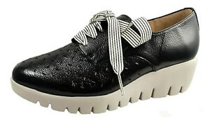 Wonders Shoes Woman Black Leather/Patent Leather Ref.C-33210