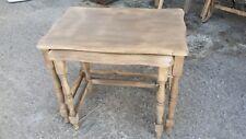 2 petites Tables gigognes en bois