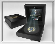 COLLINGWOOD AFL BROWNLOW MEDAL REPLICA MEDAL IN BOX OFFICIAL AFL PRODUCT