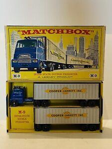 T4242_ MATCHBOX  1/43  CAMION AVEC REMORQUE MAJOR M-9 PACK  COOPER JARRETT