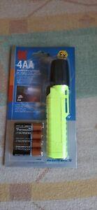 Feuerwehr Lampe UK 4AA Typ eLED Zoom  nagelneu ovp