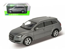 Audi Q7 SUV Truck Grey 1/18 Scale Diecast Car Model By Welly 18032
