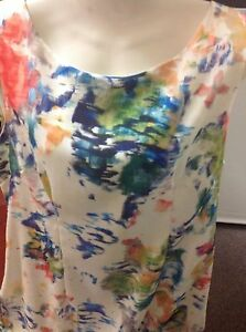 Woman's La Strata Size M White Dress With Navy And Green Trim And Print
