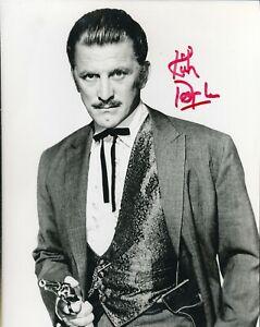"""Kirk Douglas signed """"gunslinger"""" photo. Spartacus. A"""