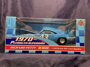 NEW! Racing Champions Richard Petty 70 Plymouth Superbird 50th Anniversary 1/24