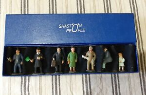SHASTON PEOPLE - 0 GAUGE FIGURES