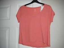 Women's H&M size XS pink crop top with small front chest pocket