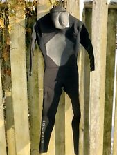 Isurus Wetsuit 4/3 With Hood Size Small