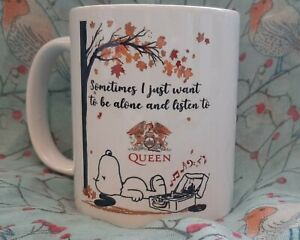 *FREE POSTAGE BE ALONE SNOOPY LISTEN TO QUEEN MUG CUP GIFT DISHWASHER SAFE