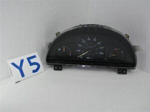 1996-01 Geo METRO Speedometer instrument Cluster assembly MPH US 102k mi