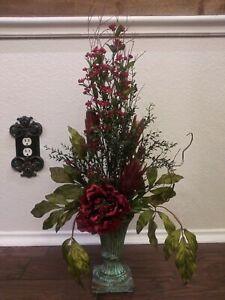Red Floral One Side Traditional Tuscan Floral Silk Tabletop Custom Arrangement