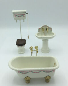 Dolls House 'Bodo Hennig' Bathroom Suite
