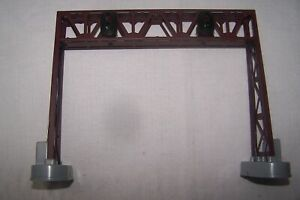 LIOHEL # 6-12895 DOUBLE TRACK SIGNAL BRIDGE WITH TWO TRACK CONTACTORS NEW