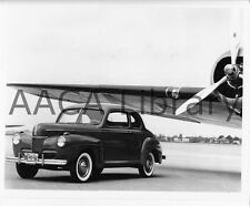 1941 Ford Super Deluxe Coupe, Factory Photo (Ref. # 42138)