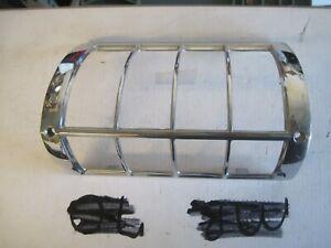 71 1971 Chevrolet Impala Caprice Front Turn Signal trim bezel 5964035 LH