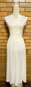 Victoria's Secret Long Nightgown Women's Size S Cream Lace Top Bodice Wedding