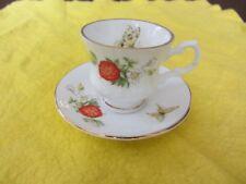 STRAWBERRY Farfalla Elisabettiano Cina Staffordshire 5 cm Coppa & Piattino dorati RIM