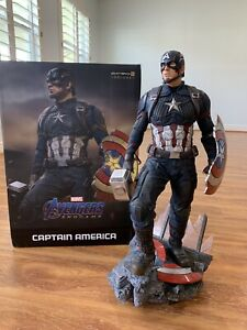 Captain America (Deluxe) Statue By Iron Studios