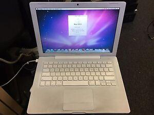 Apple A1181 Mac OX 10.6.8  2.1GHz  1GB Ram 120GB HDD
