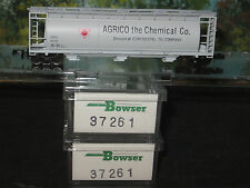 BOWSER N SCALE  #37261 3 PACK ACF CYLINDRICAL HOPPER AGRICO THE CHEMICAL CO.