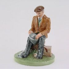 ROYAL DOULTON CLASSICS FIGURE FISHERMAN HN 4511 MADE IN ENGLAND NEW AND BOXED