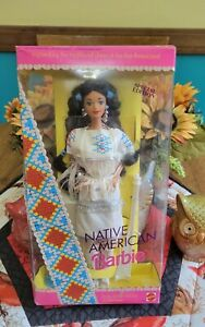 Vintage Mattel Native American Barbie Dolls of The World 1992 #1753