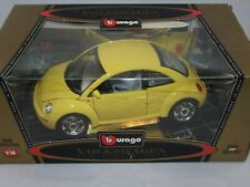 1:18 YELLOW 1998 Volkswagen New Beetle diecast gold collection made in Italy