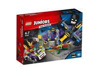 LEGO 4Juniors Der Joker und die Bathöhle 10753