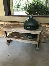 Big Green Egg Grill, Large and with Table