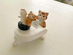 "Cat playing piano, dancing cats music box, works, plays ""Memories"" ceramic"