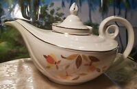 Vintage Hall China/Jewel Tea Autumn Leaf Aladdin Teapot (1942-1976)