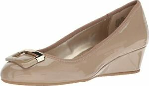 Bandolino Footwear Women's Size 7 Tad Small Wedge Cafe Latte Pantent Leather
