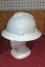 US V-Gard Full Brim White Hard Hat Oil Field Construction Lumberjacks Road Work