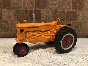 Custom Teesawater Diecast 1/16 Minneapolis Moline U/UB Tractor