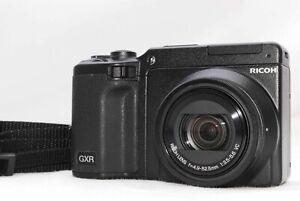 [NEAR MINT] Ricoh GR GXR P10 10.0MP Black Kit w/ VC 28-300mm Lens (C996-1)